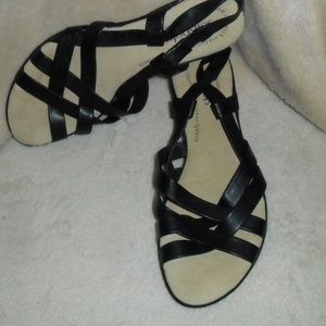 Naturalizer Black Leather Strappy Low Wedge sz 7